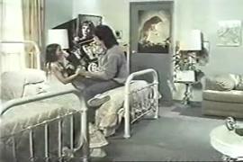 قصص سكس ولد ينيك خالته واخته