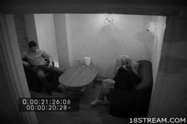 اغتصاب ياباني غصب في المكتبه